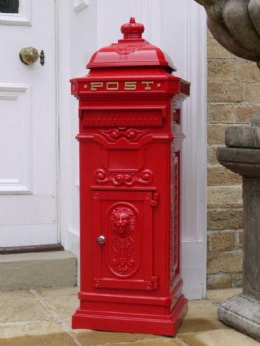 Traditional Aluminium Mail Box - Red